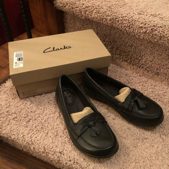 Clarks Ashland Bubble Black Loafers Nib